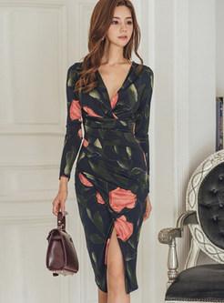 Fashion V-neck All Over Print Gathered Waist Bodycon Dress