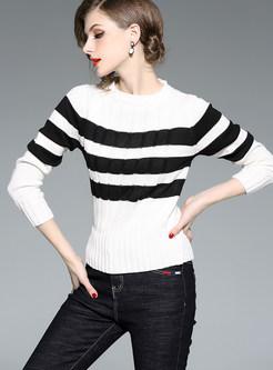 O-neck Color-blocked Striped Pullover Slim Sweater