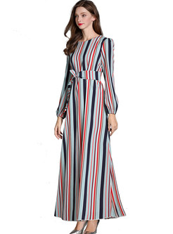 Color-blocked O-neck Striped Tie-waist Slim Maxi Dress