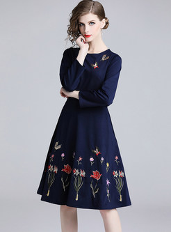 O-neck Long Sleeve Waist Embroidered Big Hem Dress