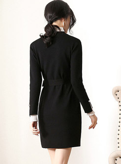 Color-blocked Stand Collar Belted Knitted Dress