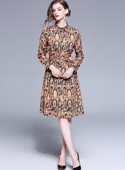 Fashion Lapel Tie-waist Knee-length Print Dress