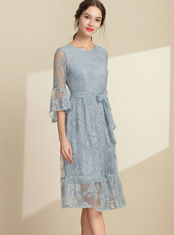 Solid Color Flare Sleeve Tie-waist Skater Lace Dress