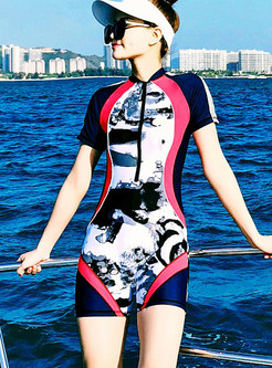 Color-blocked Polka Dot Print Conservative Swimwear