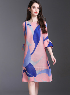 Fashion O-neck Flare Sleeve Print Shift Dress