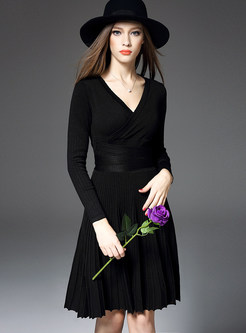 Solid Color Slim Waist Pleated Knitted A Line Dress