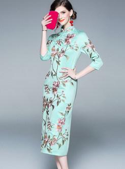 Vintage Mandarin Collar Embroidered Slit Cheongsam Dress