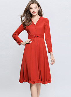 Brief Solid Color V-neck Long Sleeve Skater Dress