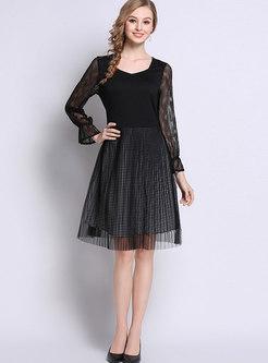 Black Lace Stitching Square Neck Skater Dress
