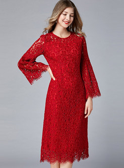 Elegant O-neck Flare Sleeve Plus Size Lace Dress