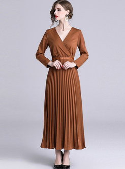 Brief Solid Color V-neck Waist Pleated Maxi Dress