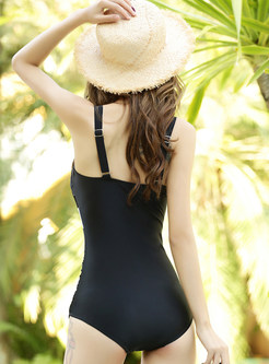 Color-blocked Conservative Triangle One Piece Swimwear