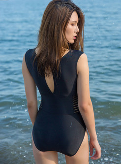 Mesh Splicing Backless Conservative One Piece Swimwear