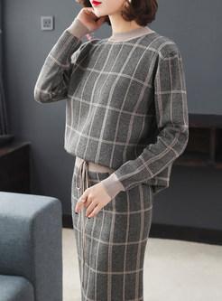 O-neck Long Sleeve Sweater & Elastic Waist Knitted Skirt