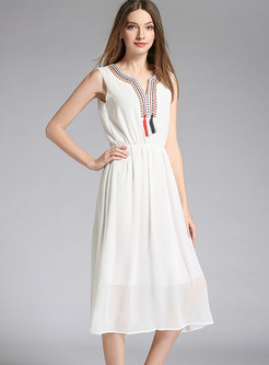 Embroidered V-neck Sleeveless Elastic Waist Chiffon Dress
