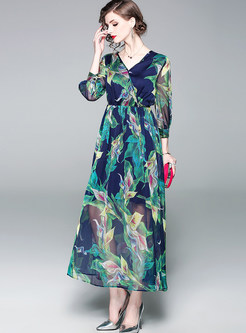 Stylish V-neck Lantern Sleeve Waist Print Maxi Dress