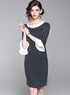 Color-blocked Polka Dot Flare Sleeve Sheath Dress