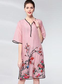 Vintage V-neck Embroidered Slit Loose Shift Dress
