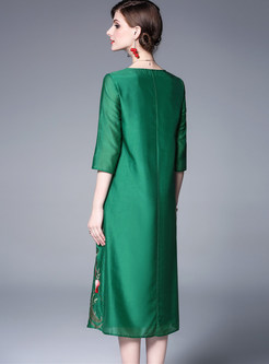 O-neck Half Sleeve Embroidered Shift Dress