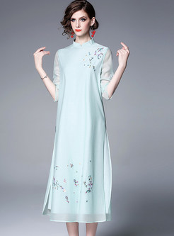 Fashion Mandarin Collar Embroidered Slim Shift Dress