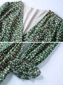 Stars Pattern V-neck High Waist Falbala Skater Dress