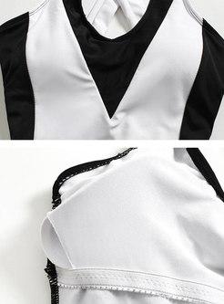 Color-blocked V-neck Sleeveless One Piece Swimwear