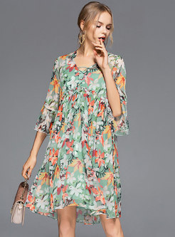 Stylish Floral Flare Sleeve Tie-collar Slim Dress
