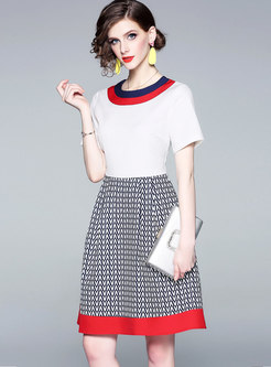 Brief Color-blocked O-neck High Waist A Line Dress