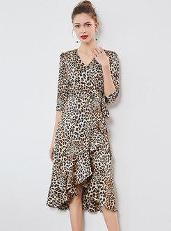 583c62b992 Leopard V-neck Belted Asymmetric Skater Dress