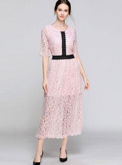 Color-blocked O-neck Lace Slim Maxi Dress