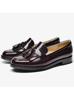Stylish Women Tassel Round Toe Leather Loafers
