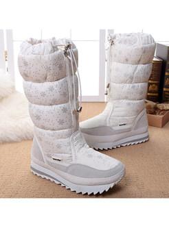 Stylish Snowflake Pattern Zipper Platform Warm Boots
