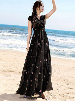 Bohemia V-neck Waist Embroidered Maxi Dress