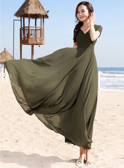 Solid Color V-neck Pleated Hem Maxi Dress