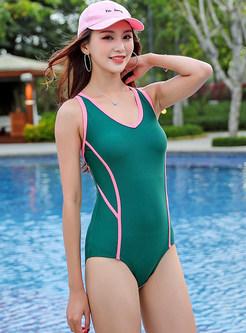 Fashion V-neck One Piece Swimwear