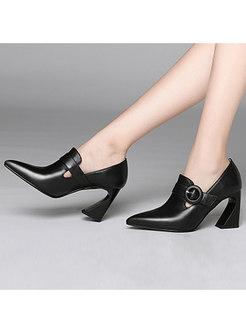 Stylish Pointed Toe Chunky Heel Buckle Shoes
