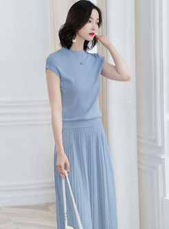 Solid Color Sleeveless Knitted Top & High Waist Skirt