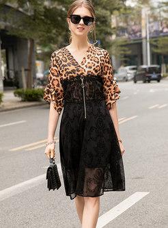 Stylish Print V-neck Slit Zippered Rruffle Sleeve Dress