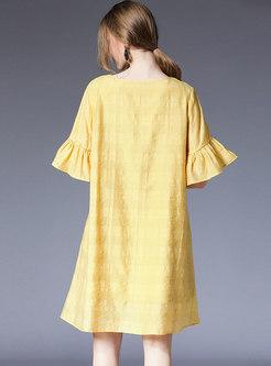 Pure Color O-neck Flare Sleeve Shift Dress
