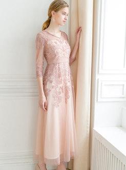 Elegant Embroidered V-neck Gathered Waist Maxi Dress