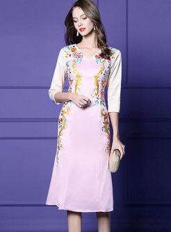 V-neck Color-blocked Embroidered Slim Dress
