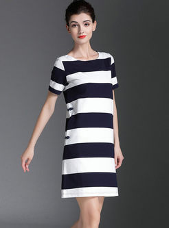 Casual O-neck Striped Mini T-shirt Dress