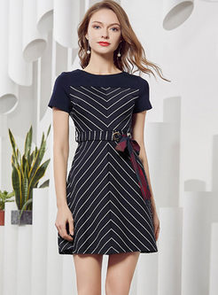 O-neck Short Sleeve Striped Mini Dress
