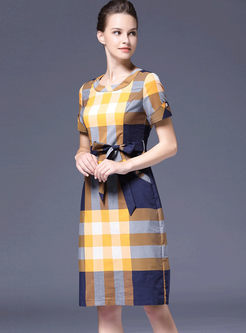 O-neck Color-blocked Plaid Waist Dress