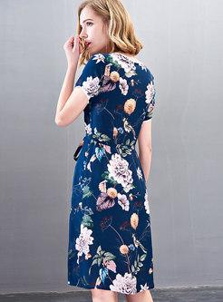 Stylish Print O-neck Tie-waist Skater Dress