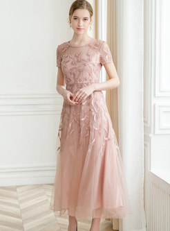 Solid Color Flower Embroidered Splicing Mesh Maxi Dress