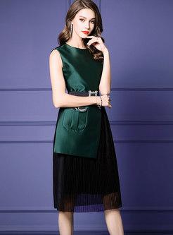 Stylish Color-blocked Sleeveless Belted Pleated Dress
