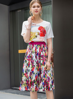 Casual Print O-neck T-shirt & Pleated Skirt