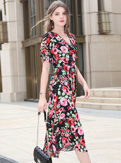 Chic Print V-neck Tied Silk Skater Dress