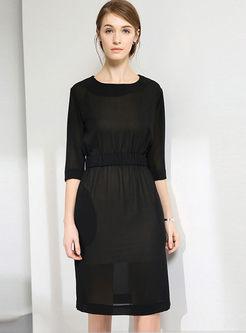 Brief Solid Color O-neck Half Sleeve Dress